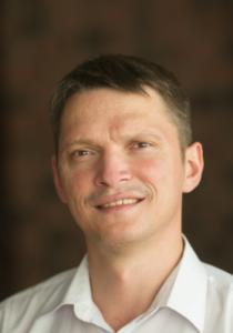 Илья Гируцкий - бизнес-тренер, консультант компании Business Tools